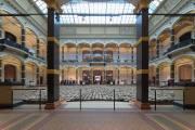 Ai Weiwei: Wooden stools; 2014; Martin-Gropius-Bau, Berlin